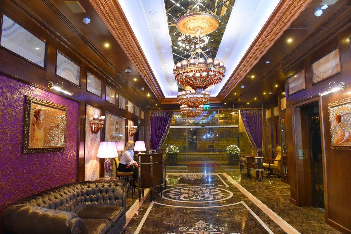 интерьер хола в казино