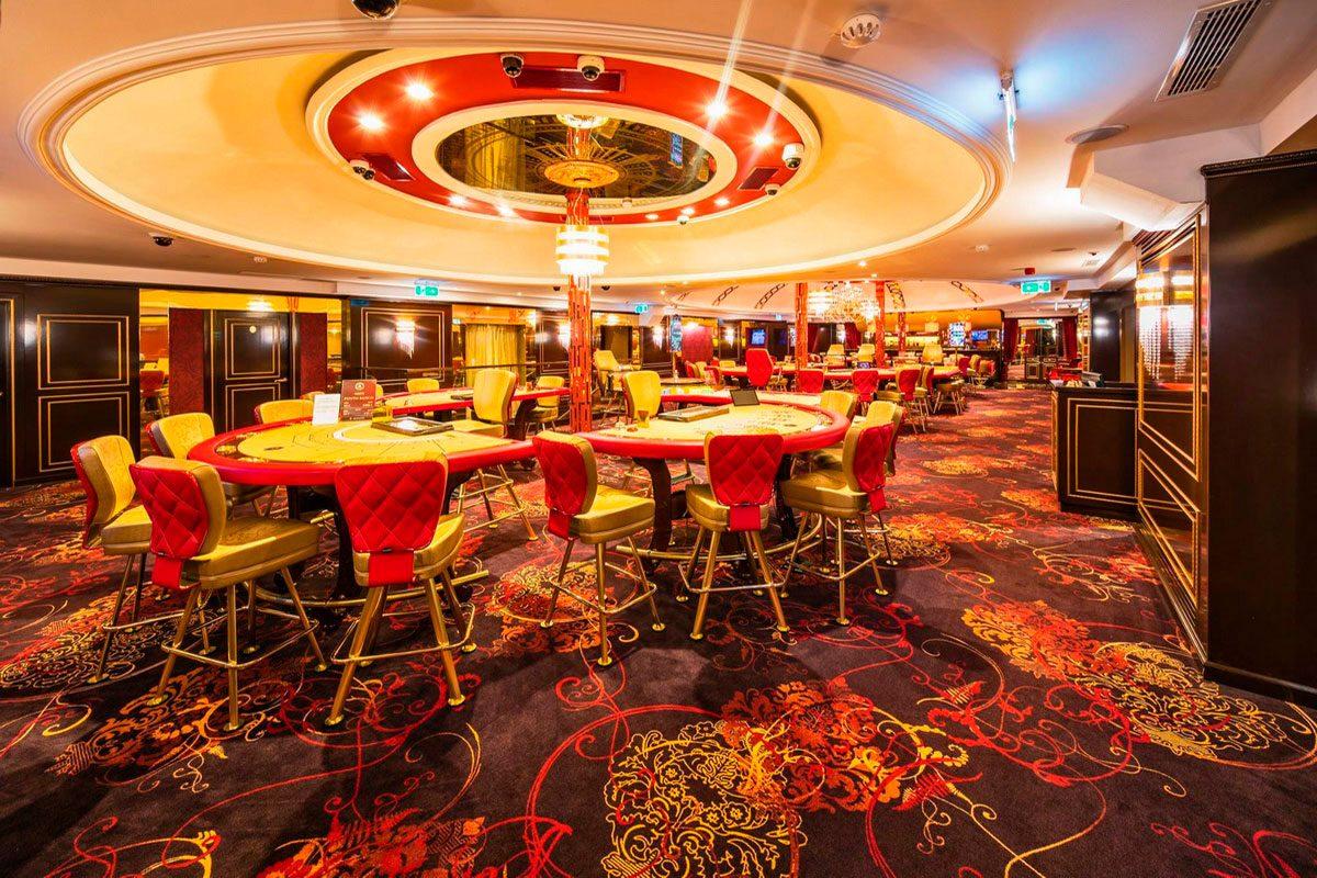 оформление игрового зала в казино