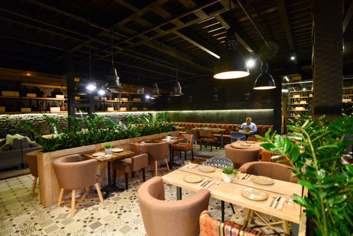 столы для ресторана
