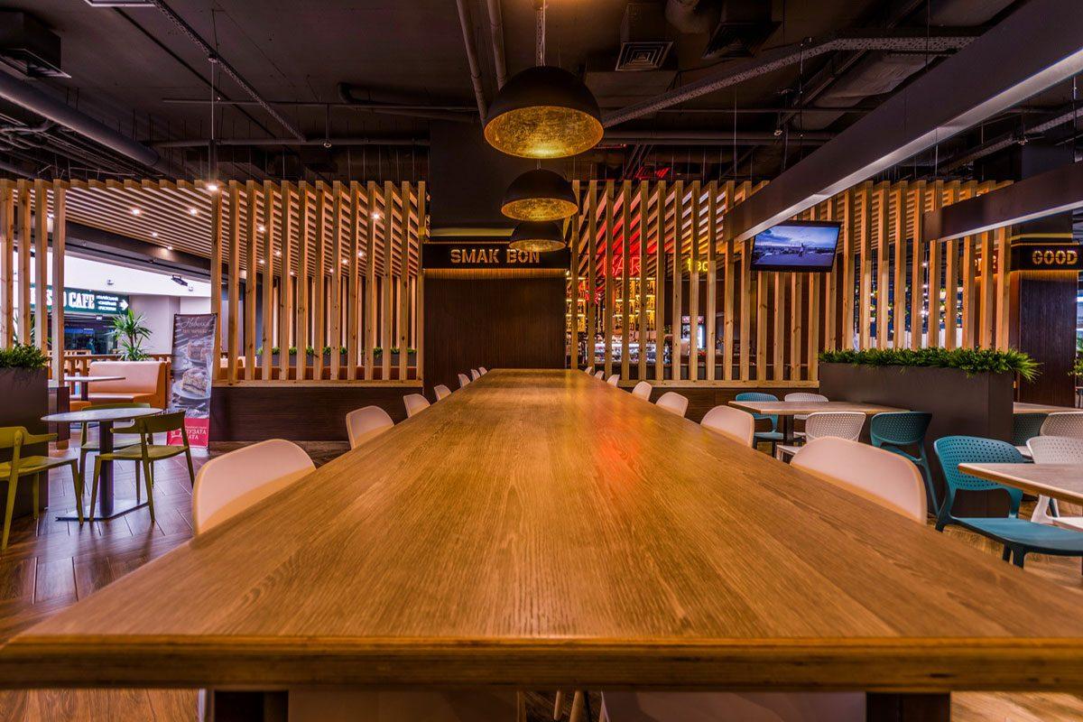 столы из дерева для ресторана